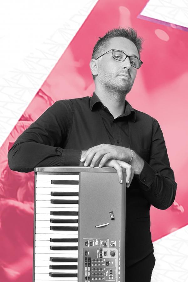 Michele Fumanti: Musicoterapia; Musicamente